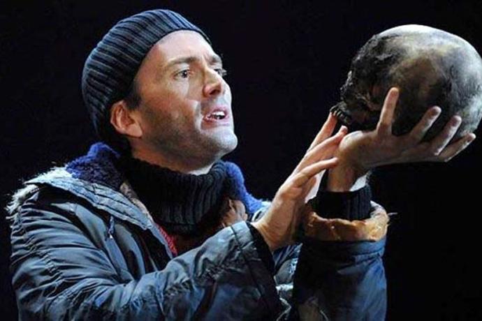 Actor-David-Tennant-in-Hamlet