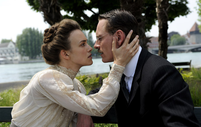 Michael-Fassbender-and-Keira-Knightley-A-Dangerous-Method