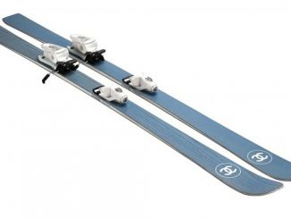 chanel-cheer-wintry-fun-with-double-interlocking-c-skis_1