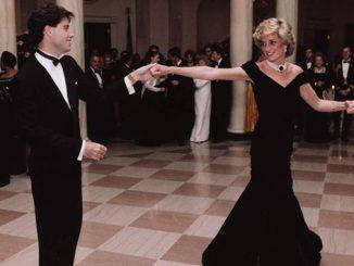 John-Travolta-dancing-with-Princess-Diana