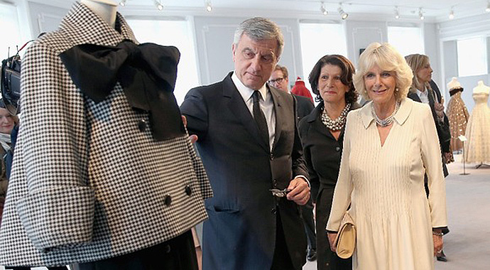 Camilla-visits-Paris-Dior-headquarters