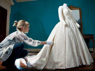 KENSINGTON-PALACE-THE-ROYAL-WEDDING-DRESSES