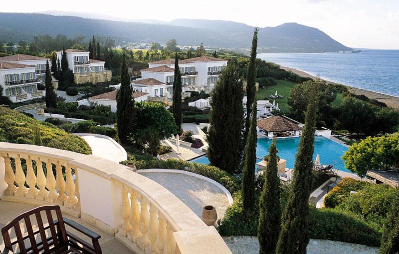 villa gardens view