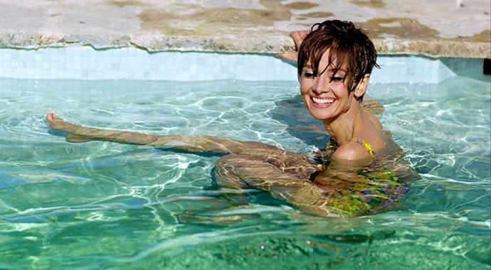 Audrey-Hepburn,-St-Tropez