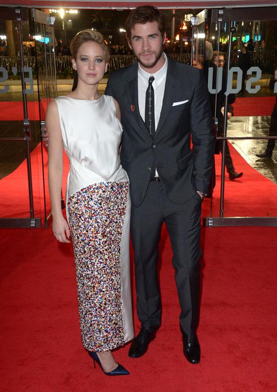 Jennifer-Lawrence-and-Liam-Hemsworth