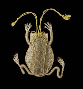 Frog Purse, 17th century. © Ashmolean Museum, University of Oxford