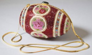 'Fabergé Egg', evening bag, by Judith Leiber, 1983, US. Museum no. T.511-1997. © Victoria and Albert Museum, London