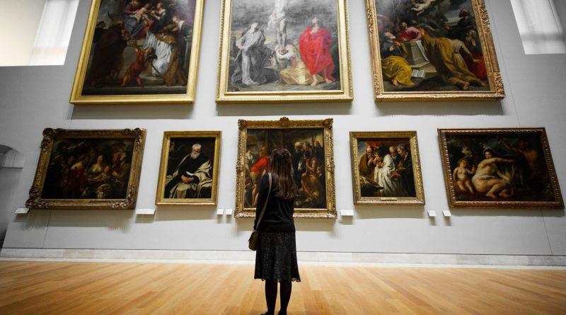 Как избежать кризиса в области искусства