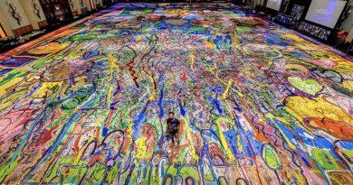 Jafri painting in the Atlantis ballroom, Dubai