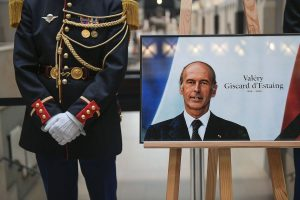 A tribute to former French president Valery Giscard d'Estaing at the Musée d'Orsay in 2020.