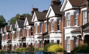 цены на жилье в Великобритании подскочили до максимума последних семи лет