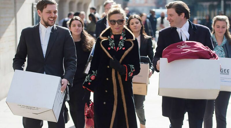 Tatiana Akhmedova after a hearing at the Old Bailey in London. Photographer: David Mirzoeff - PA Images/PA Images