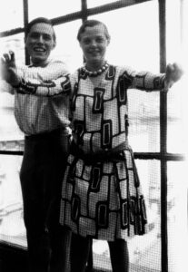 Charlotte Perriand with Alfred Roth in Place Saint-Sulpice apartment-studio, Paris, 1928   / AChP/ADAGP, Paris and DACS, London 2021