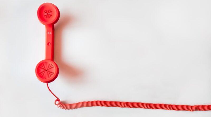 Британские операторы мобильной связи повышают тарифы