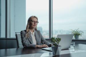 Женщины на руководящих должностях: перспективы преодоления гендерного неравенства